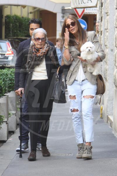 Adriana Fossa - Milano - 02-05-2015 - Ecco le celebrity che fanno uno strappo alla regola… dei jeans