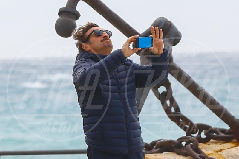 Giacomo Poretti - Varigotti - 01-05-2015 - Giacomo Poretti e i selfie con la sua famiglia non Ogm