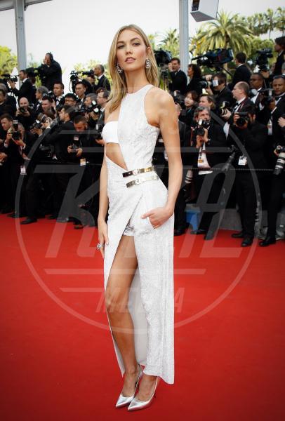 Karlie Kloss - Cannes - 14-05-2015 - In primavera ed estate, le celebrity vanno in bianco!