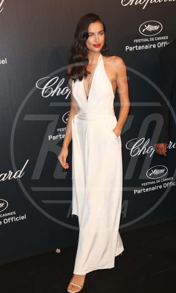 Irina Shayk - Cannes - 18-05-2015 - In primavera ed estate, le celebrity vanno in bianco!