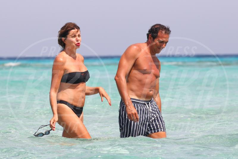 Alba Parietti - Formentera - 07-07-2015 - Alba Parietti va in vacanza anche dal bon ton