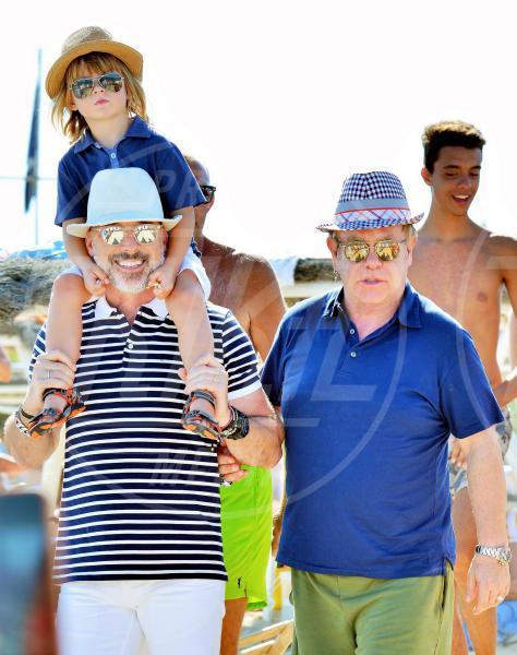 Zachary Jackson Levon Furnish-John, David Furnish, Elton John - Saint Tropez - 21-08-2015 - Ha ragione Shalpy: l'Italia è pronta per le unioni gay