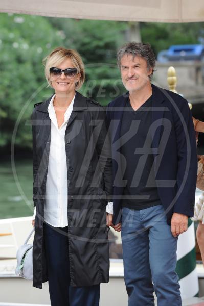 Renato De Maria, Isabella Ferrari - Venezia - 05-09-2015 - Le star che non sapevate avvessero perdonato i tradimenti