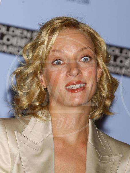 Uma Thurman - Beverly Hills - 18-12-2003 - Uma Thurman irriconoscibile a causa del bisturi