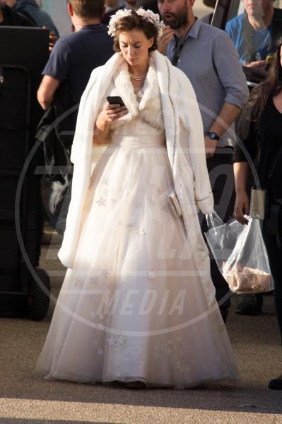 Vanessa Kirby - Londra - 02-10-2015 - Olivia Colman nei panni della Regina,le prime immagini ufficiali
