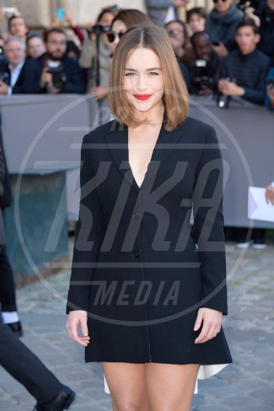 Emilia Clarke - Parigi - 02-10-2015 - Emilia Clarke è la donna più sexy per Esquire