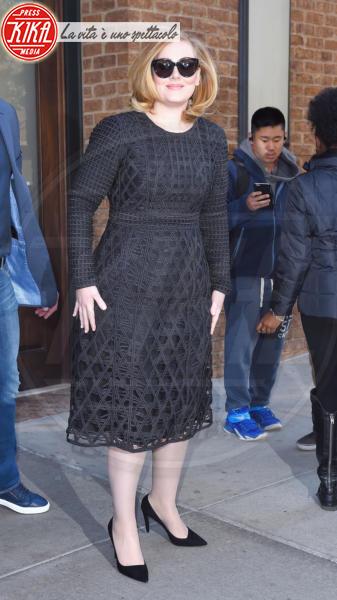 Adele - New York - 16-11-2015 - La coda di paglia di Adele: ti lascio e ti compro una villa