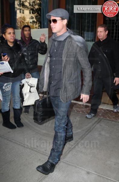 Brad Pitt - New York - 26-11-2015 - Brad Pitt, la polizia continua a indagare per maltrattamenti