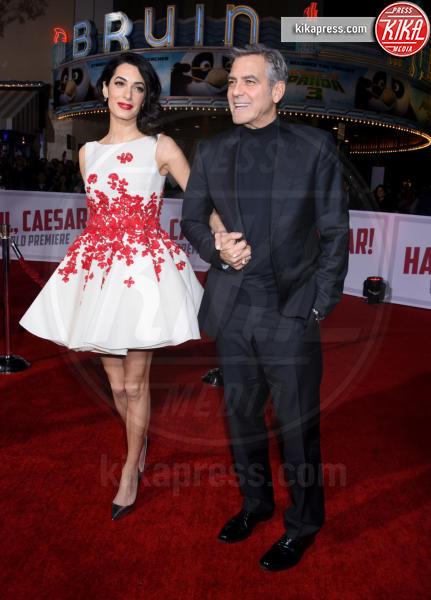 Amal Alamuddin, George Clooney - Westwood - 01-02-2016 - Anelli di fidanzamento delle star: qual è il vostro preferito?