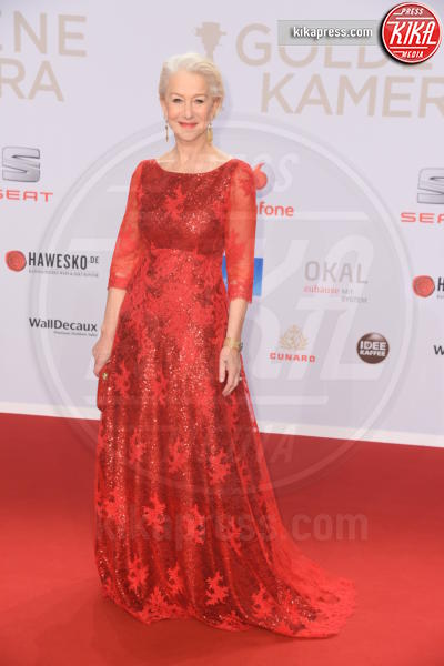 Helen Mirren - Amburgo - 06-02-2016 - Michelle-Aurora, che coppia ai Goldene Kamera Awards!