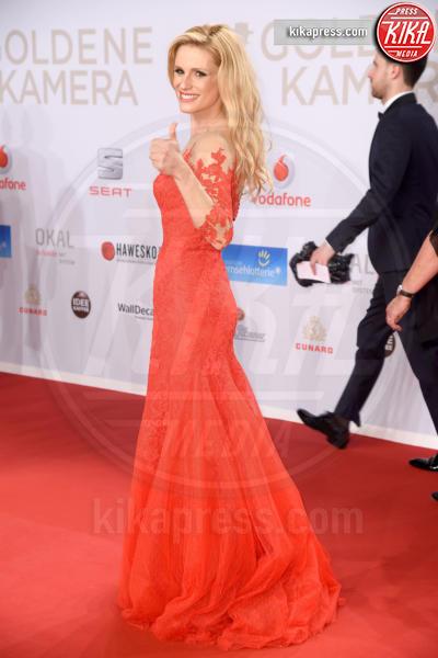 Michelle Hunziker - Amburgo - 06-02-2016 - Michelle-Aurora, che coppia ai Goldene Kamera Awards!