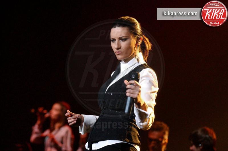 Laura Pausini - Rotterdam - 13-03-2005 - Sanremo 2016: Il ritorno di Laura Pausini. Che cambiamento!
