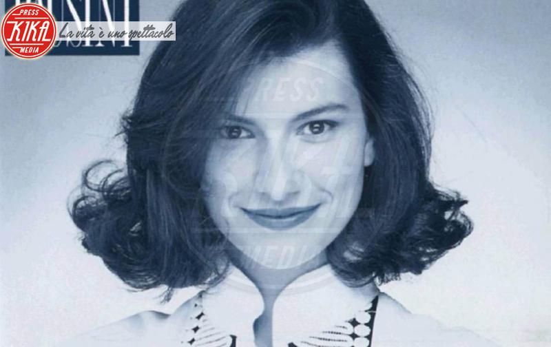 Laura Pausini - 09-02-2016 - Sanremo 2016: Il ritorno di Laura Pausini. Che cambiamento!