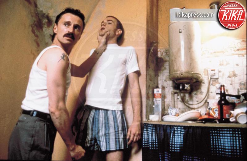 Robert Carlyle, Ewan McGregor - Hollywood - 01-01-1996 - Trainspotting compie 20 anni: gli attori ieri e oggi