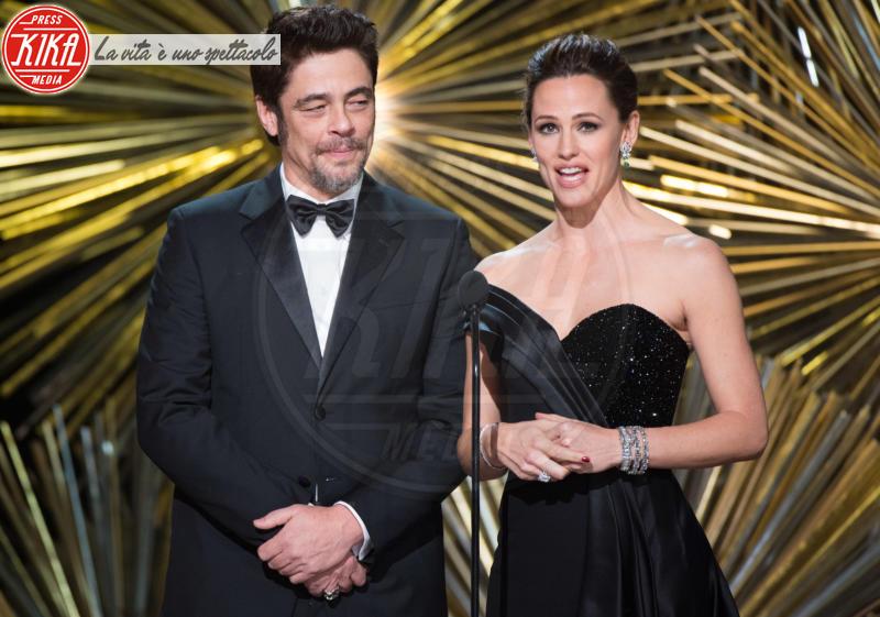 Benicio Del Toro, Jennifer Garner - Hollywood - 29-02-2016 - Oscar 2016: and the Oscar goes to... Ennio Morricone!
