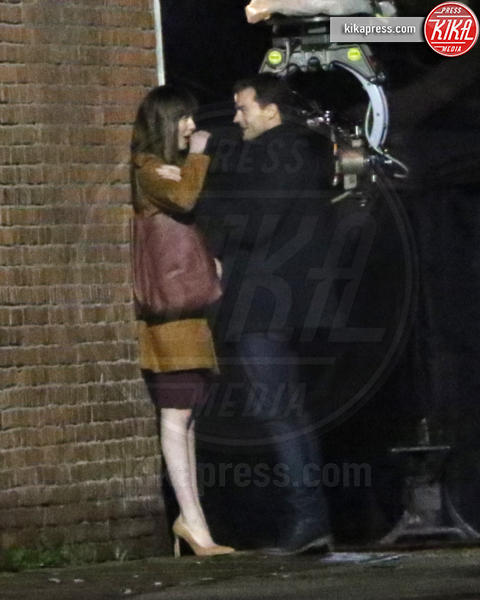 Jamie Dornan, Dakota Johnson - Vancouver - 24-03-2016 - Dakota Johnson e Jamie Dornan, un bacio su e giù dai tacchi