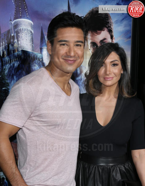 Courtney Laine Mazza, Mario Lopez - Universal City - 05-04-2016 - Steven Spielberg inaugura il Wizarding World of Harry Potter