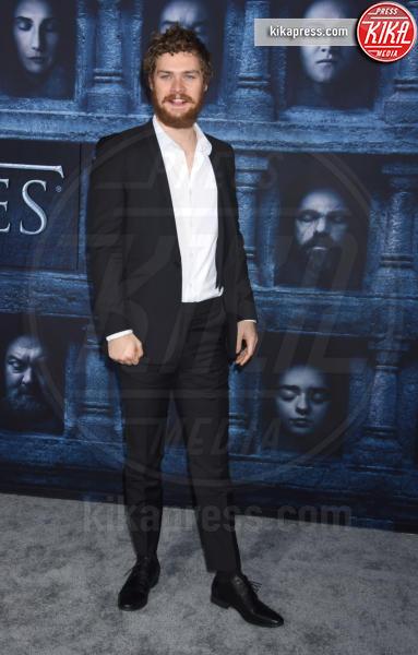 Finn Jones - Hollywood - 10-04-2016 - Il Trono di Spade 6: le foto della premiere americana