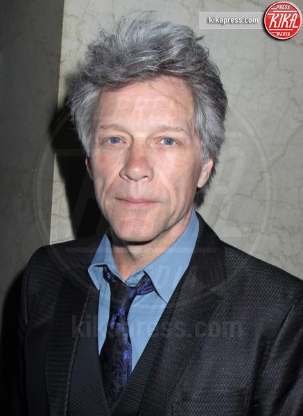 Jon Bon Jovi - New York - 20-04-2016 - Dalle stalle alle stelle: i lavori umili delle star