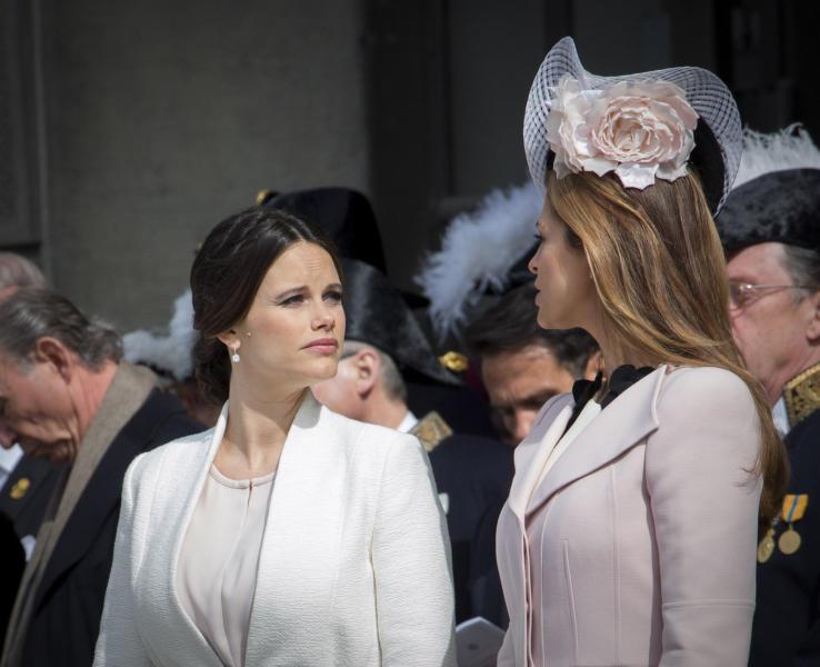 Principessa Sofia di Svezia, Principessa Madeleine di Svezia - Stoccolma - 30-04-2016 - Principessa Estelle, che barba queste feste reali!