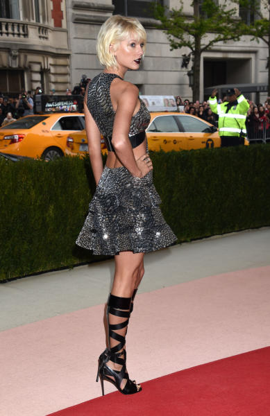 Taylor Swift - New York - 02-05-2016 - Taylor Swift argento vivo ai MET Gala 2016