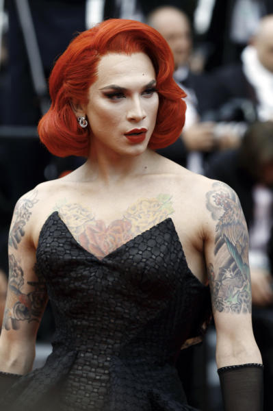 Miss Fame - Cannes - 14-05-2016 - Cannes 2016: protagonista è il pancione di Blake Lively