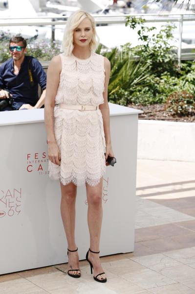 Charlize Theron - Cannes - 21-05-2016 - Bianco o pastello, ecco il pizzo dell'estate!