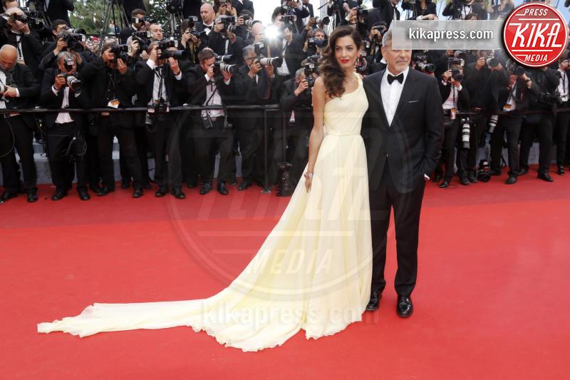 Amal Alamuddin, George Clooney - Cannes - 12-05-2016 - George Clooney e il regalo da 14 milioni di dollari