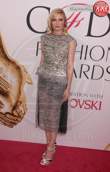 Kirsten Dunst - New York - 06-06-2016 - CFDA Fashion Awards 2016: un tripudio di nero e argento!