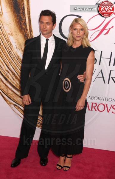 Hugh Dancy, Claire Danes - New York - 06-06-2016 - CFDA Fashion Awards 2016: un tripudio di nero e argento!