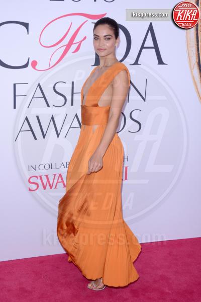 Shanina Shaik - New York - 07-06-2016 - CFDA Fashion Awards 2016: un tripudio di nero e argento!