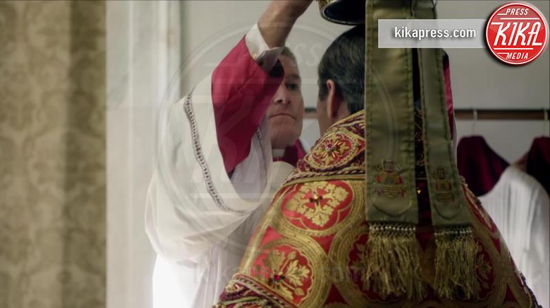 The Young Pope, Jude Law - 15-06-2016 - The Young Pope: il primo trailer e le foto sul set