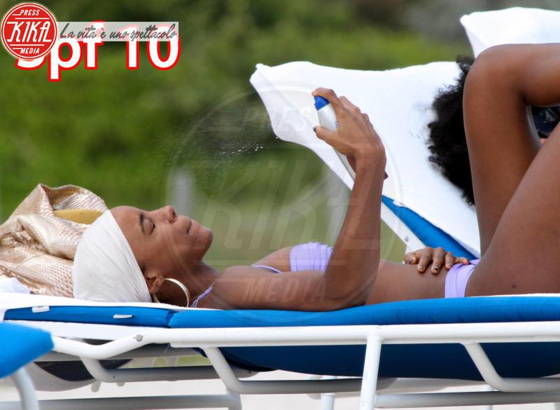 Kelly Rowland - Miami - 05-10-2011 - Estate 2016: voi che fototipo siete?