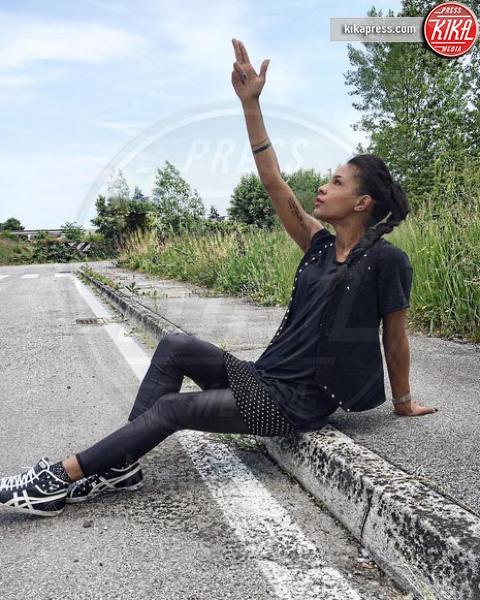 Georgette Polizzi - 11-07-2016 - Georgette Polizzi di Temptation Island fa la stilista a Piacenza