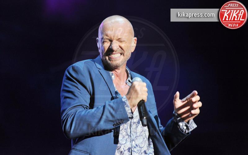 Biagio Antonacci - Assago - 07-09-2016 - Dalle stalle alle stelle: i lavori umili delle star
