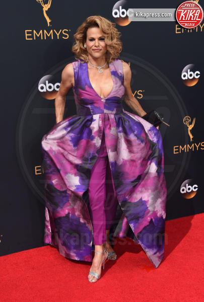 Alexandra Billings - Los Angeles - 18-09-2016 - Emmy Awards 2016: sul red carpet sfila la bellezza