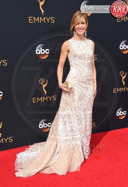 Felicity Huffman - Los Angeles - 18-09-2016 - Emmy Awards 2016: sul red carpet sfila la bellezza