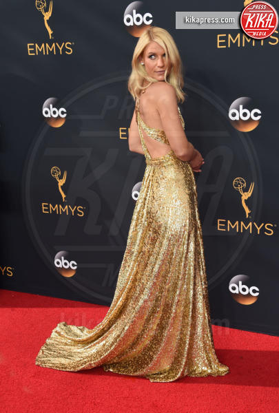 Claire Danes - Los Angeles - 18-09-2016 - Emmy Awards 2016: sul red carpet sfila la bellezza