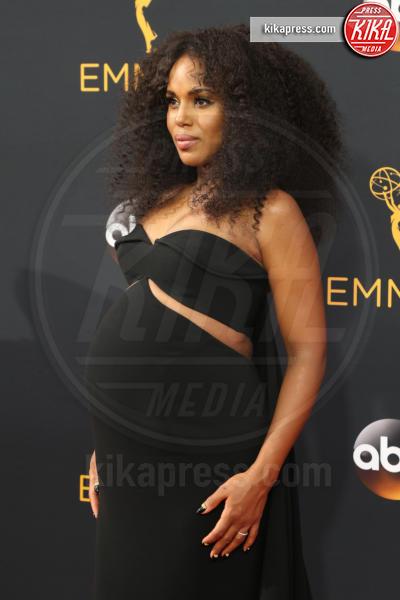 Kerry Washington - Los Angeles - 18-09-2016 - Emmy Awards 2016: sul red carpet sfila la bellezza