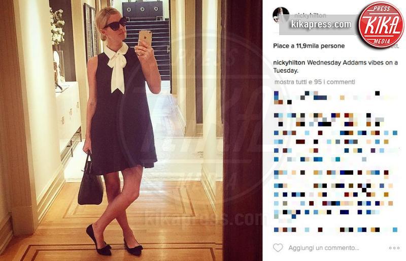 Nicky Hilton - Los Angeles - 28-11-2016 - Quando il selfie si fa in due: non ancora al mondo ma sul web!