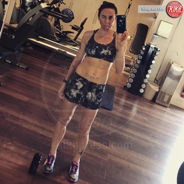 Mel C - Hollywood - 07-12-2016 - Sfida a colpi di selfie hot tra le Spice Girls