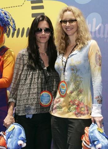 Lisa Kudrow, Courteney Cox - Anaheim - 11-06-2007 - Le quote rosa di Friends pensano alla reunion