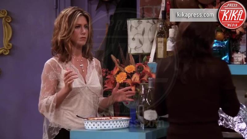 Jennifer Aniston - Los Angeles - 21-12-2016 - Dal piccolo al grande schermo: la serie tv ti cambia la vita