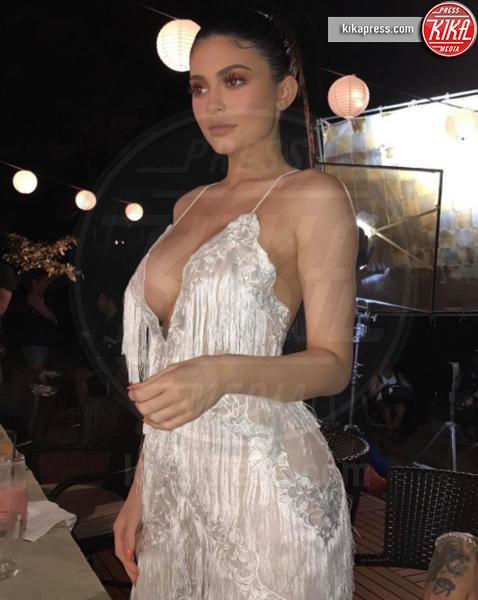 Kylie Jenner - Hollywood - 01-02-2017 - Forbes: la più giovane miliardaria under 30 è lei
