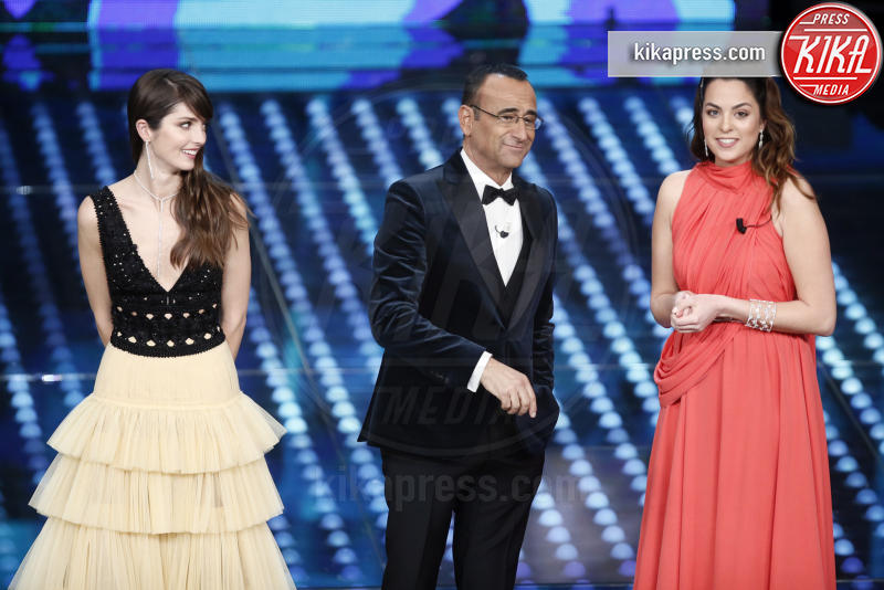 Annabelle Belmondo, Anouchka Delon, Carlo Conti - Sanremo - 09-02-2017 -  Sanremo 2017: show di Mika nella serata delle Cover
