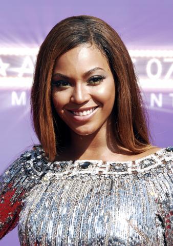 Beyonce Knowles - Los Angeles - 27-06-2007 - Cicogna in arrivo per Beyoncè?