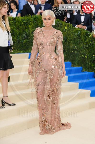 Kylie Jenner - New York - 02-05-2017 - Forbes: la più giovane miliardaria under 30 è lei