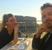 Lauren Parsekian, Aaron Paul - Hollywood - 20-09-2017 - La villa vintage di Aaron Paul. Che stile Jesse Pinkman!