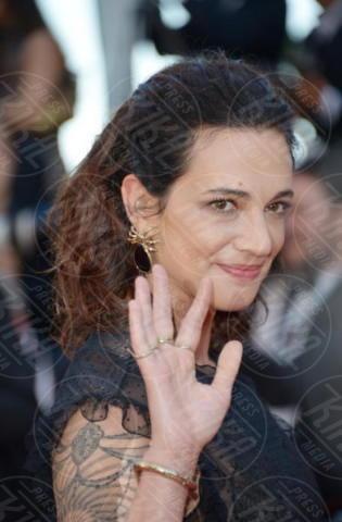 'Ismael's Ghosts' Premiere Cannes 2017, Asia Argento - Cannes - 17-05-2017 - Vera Gemma difende Asia Argento: