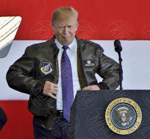 Donald Trump - Fussa - 05-11-2017 - Alec Baldwin sicuro: